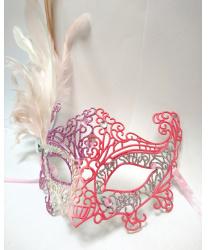 Карнавальная ажурная маска с перьями (розово-серебряная)
