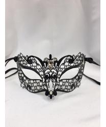 Венецианская черная маска