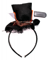 Шляпка с ножиком на ободе