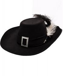 Черная шляпа мушкетера