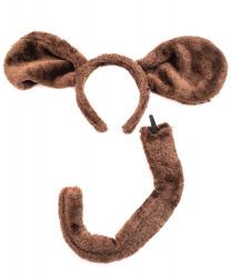 Коричневые уши и хвост собаки