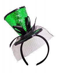 Блестящая зеленая мини-шляпка