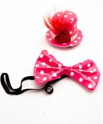 Лакированная мини-шляпка с галстуком-бабочкой