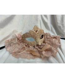 Карнавальная маска с кружевом, розовая