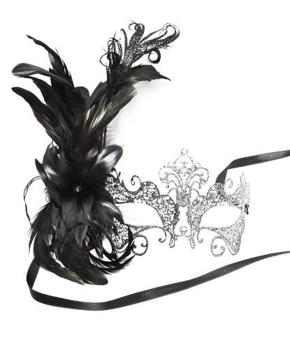Серебряная металлическая маска Giglio c перьями сбоку, стразы, перья, металл (Италия)