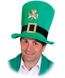Зеленая шляпа с клевером