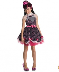 Дракулаура из MonsterHigh