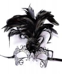 Маска металлическая  черная с перьями