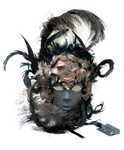 Венецианская маска Barocco Bouquet , перья, папье-маше, стразы, блестки (Италия)