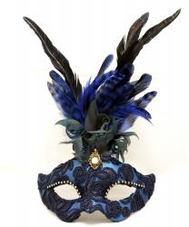 Венецианская маска с синими перьями, перья, папье-маше, ткань, стразы (Италия)