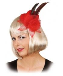 Красная шляпка с цветком
