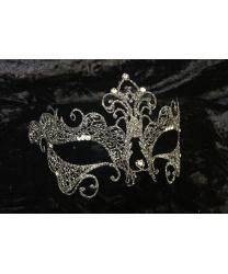 Карнавальная ажурная маска с серебряными блестками