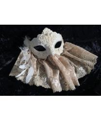 Карнавальная маска с кружевом, бежевая