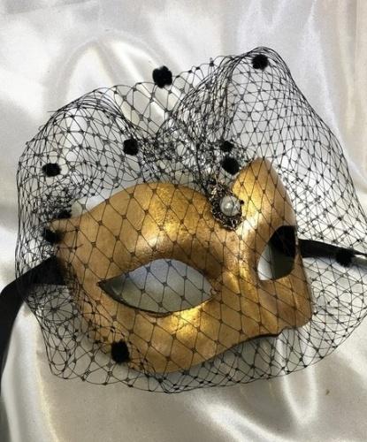 Золотая венецианская маска с вуалью, папье-маше (Италия)