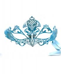 Карнавальная маска бело-голубого цвета сблестками