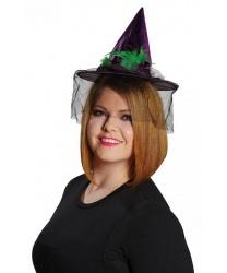 Фиолетовый мини-колпак ведьмы с зелеными перьями
