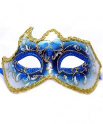 Голубая маска с золотой тесьмой