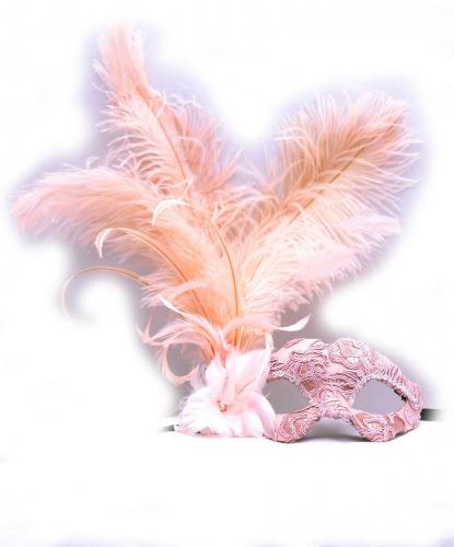 Венецианская розовая маска с перьями , перья, папье-маше, ткань, стразы (Италия)