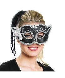 Карнавальная маска с серебряным узором