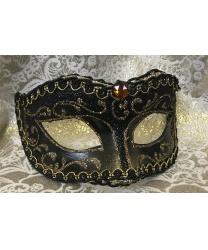 Венецианская маска классической формы, коричневая