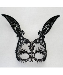 Ажурная маска кролика