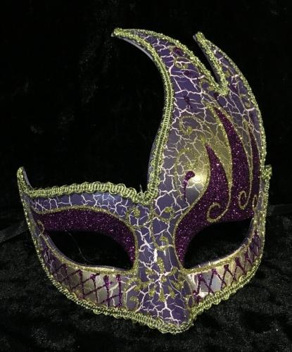 Маска с ассиметричным краем (фиолетовая с золотом), тесьма, пластик (Италия)