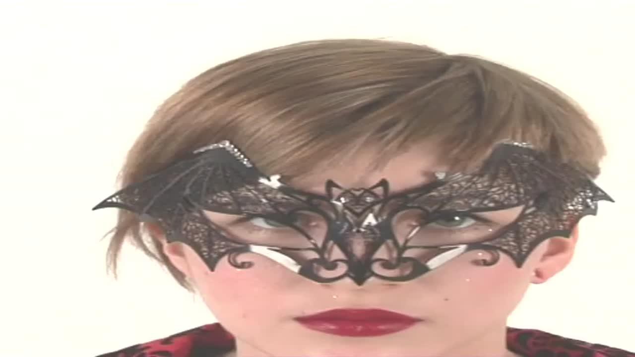"""Венецианская маска """"Летучая мышь"""""""